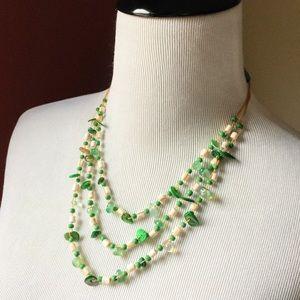 Vintage boho shells triple strands green necklace